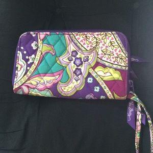 Vera Bradley zip around wallet